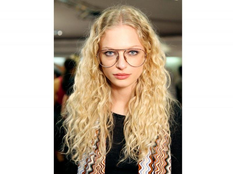 Messa in piega capelli medio lunghi