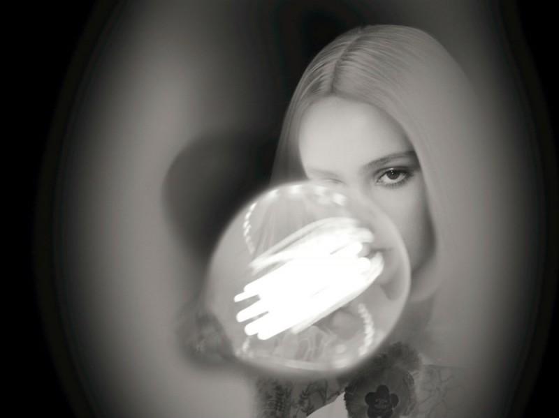 chanel-l-eau-n5-lily-rose-depp-backstage-06