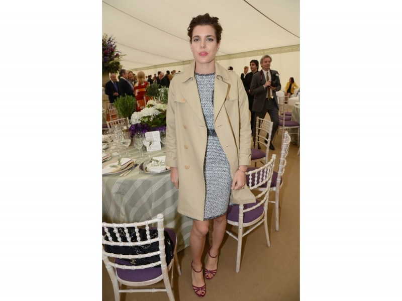 charlotte-casiraghi-trench-olycom