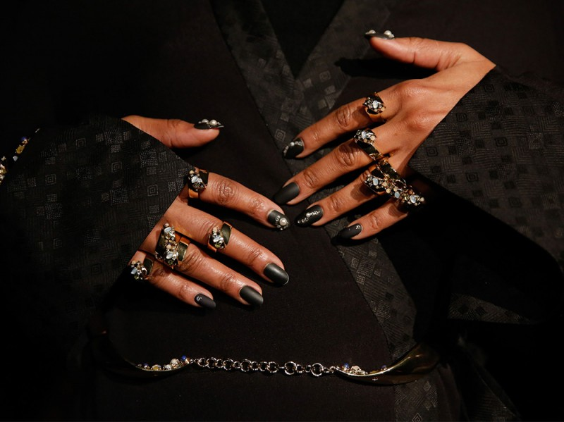 nail art nero ai 16 opaco strass