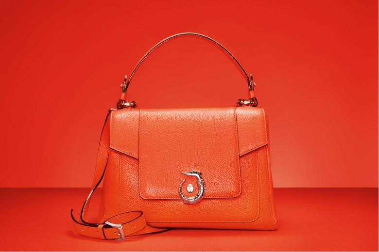 LOVY Bag: Trussardi presenta la sua borsa-icona