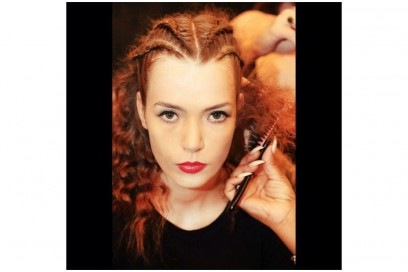 Backstage @sonjungwan #makeup by @miyako_okamoto @shiseido_hairmakeup #nyfwss17