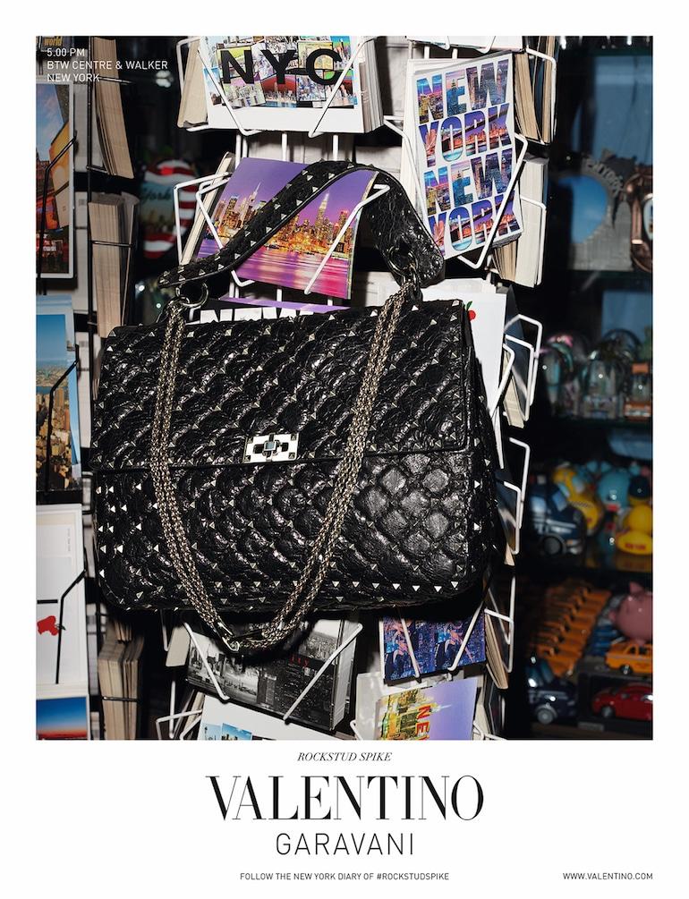 Valentino-Garavani-campagna-rockstud-spike
