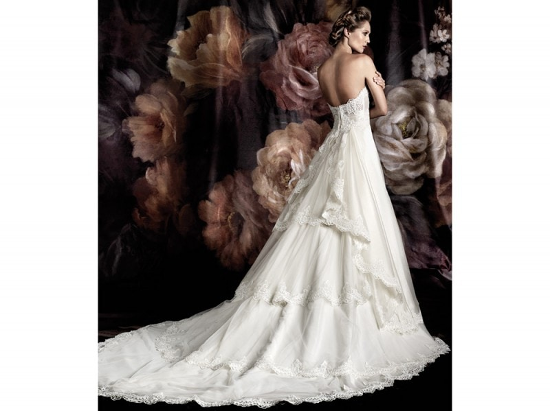 Immagini abiti da sposa pignatelli