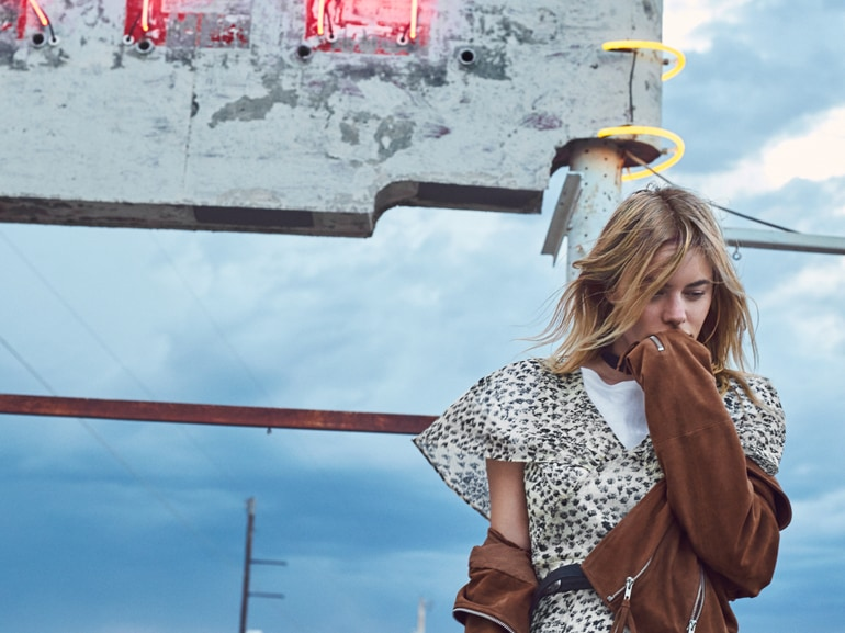cover-mango-camille-rowe-mobile