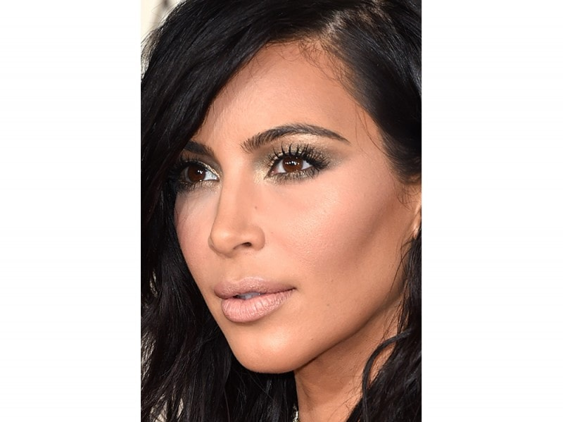 kim-kardashian-make-up-copia-il-look-2