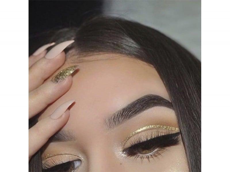 trend-autunno-eyeliner-glitter-08