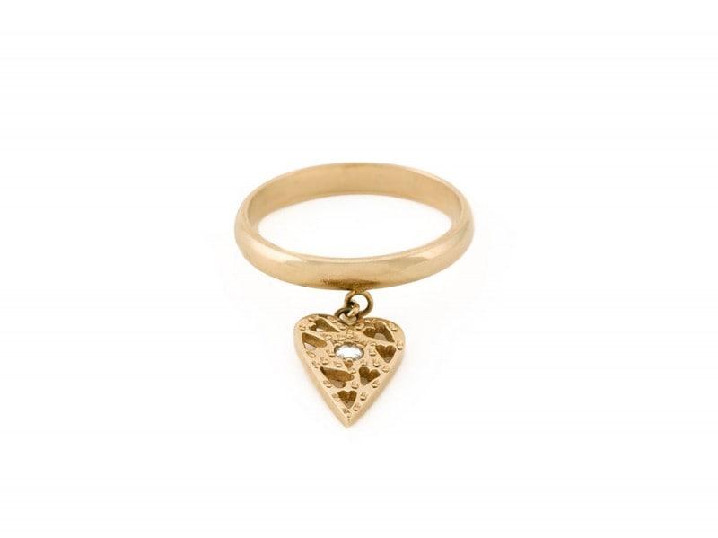 natasha-zinko-anello-con-charm-cuore-farfetch