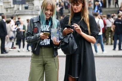 street-style-london-16-capelli-blu