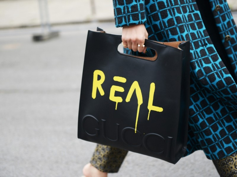 street-style-paris-2016-day-1-borsa-gucci-real