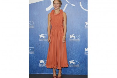 suki-waterhouse-day-look-venezia