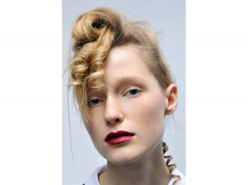 tagli-capelli-acconciature-sfilate-londra-ai-2016-Sibling