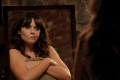 zooey deschanel new girl specchio