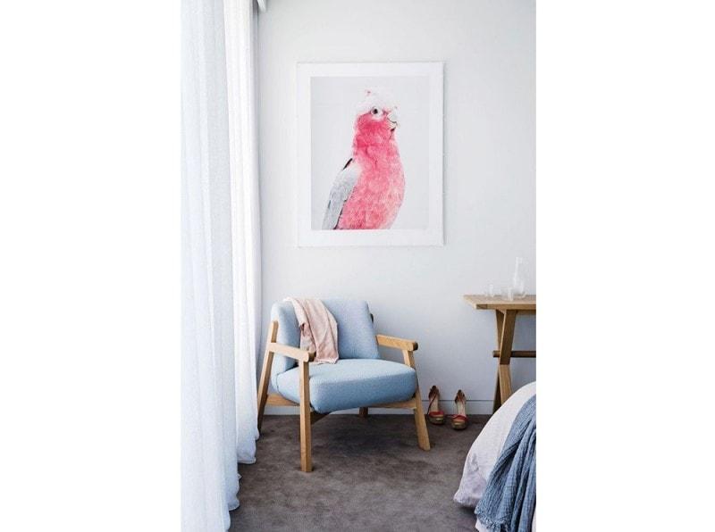 10.vado-a-vivere-da-sola-camera-da-letto-poltroncina