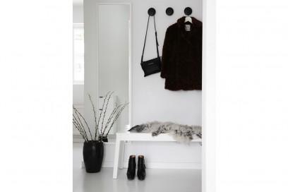 17.vado-a-vivere-da-sola-ingresso-porta-abiti-panca-porta-oggetti
