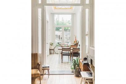 4-vado-a-vivere-con-lui-living-room-ingresso