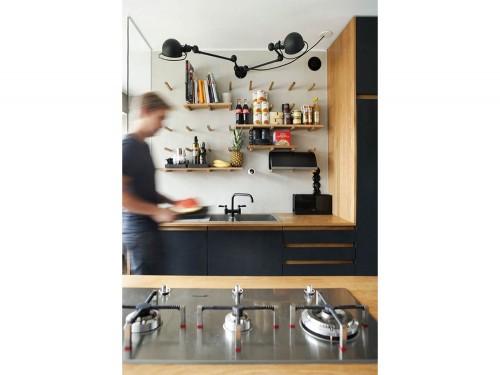 5-vado-a-vivere-con-lui-cucina-parete-attrezzata - Foto - Grazia.it