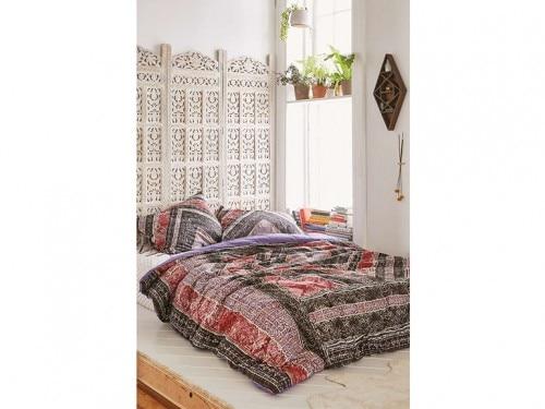 7-Testiere-camera-da-letto-stile-romantico - Foto - Grazia.it
