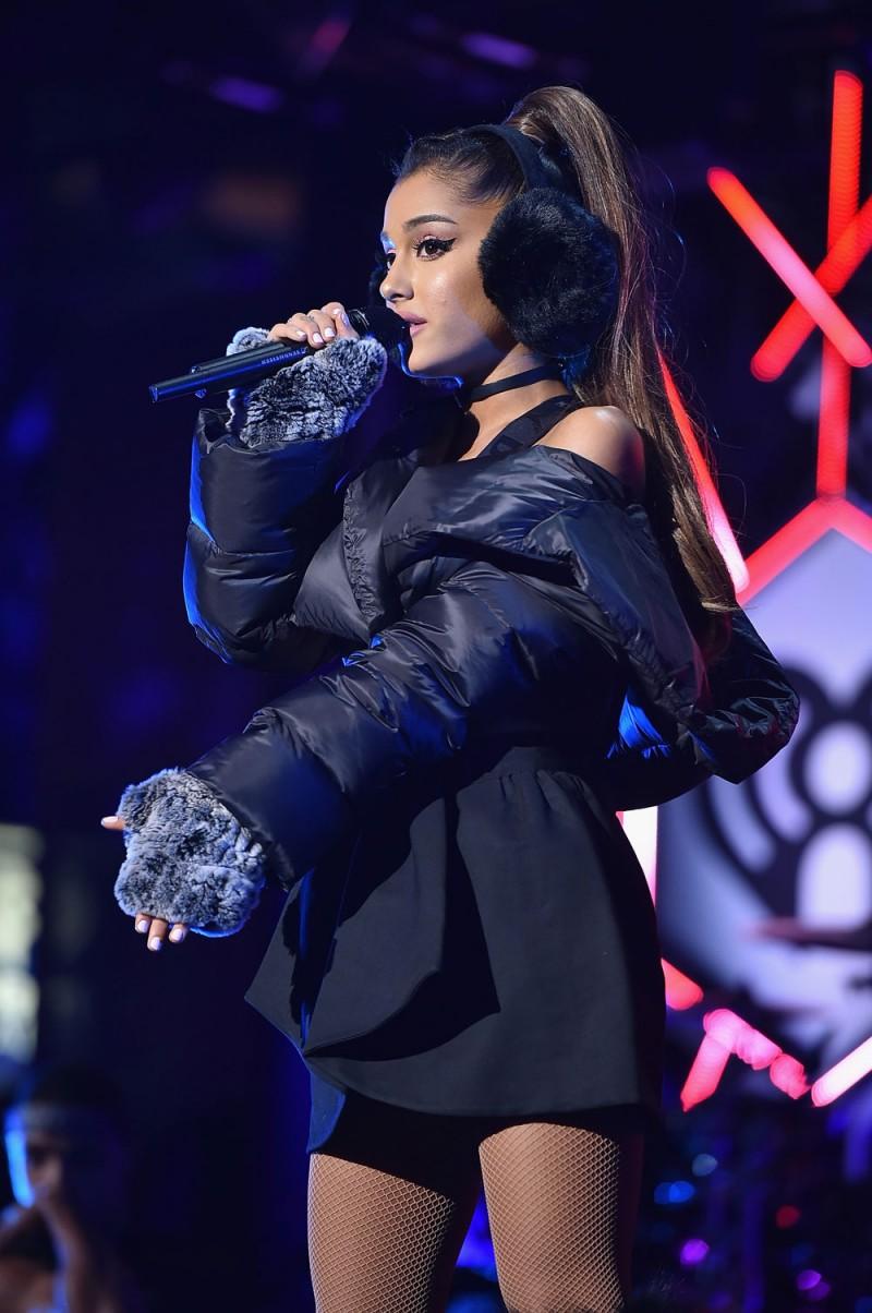 Ariana-Grande-altezza