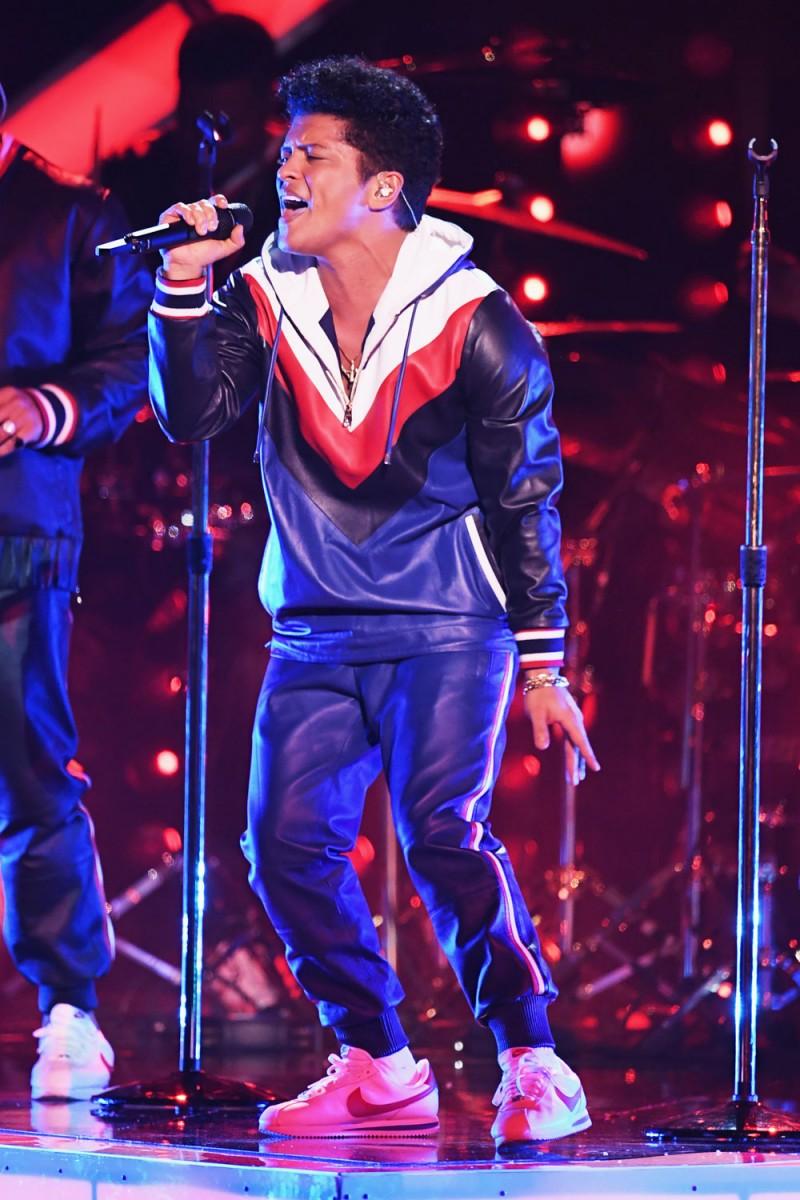 Bruno-Mars-altezza