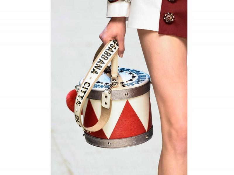 Dolce-n-Gabbana_clprt_W_S17_MI_002_2484845