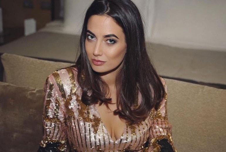 Giulia Valentina: Ero la ex di Fedez, ora sono la ragazza che vi farà cantare