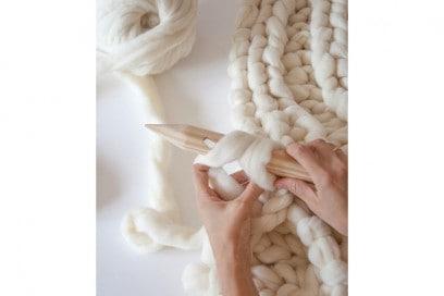 chunky knit blanket 1