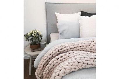 chunky knit blanket 11