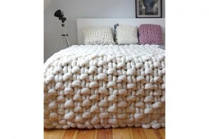 chunky knit blanket 2