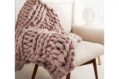 chunky knit blanket 8