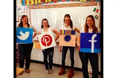 costume social network