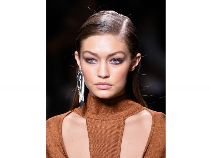 pfw-balmain-ss2017-beauty-trend