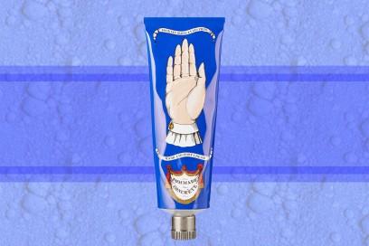 trucco blu elettrico crema mani