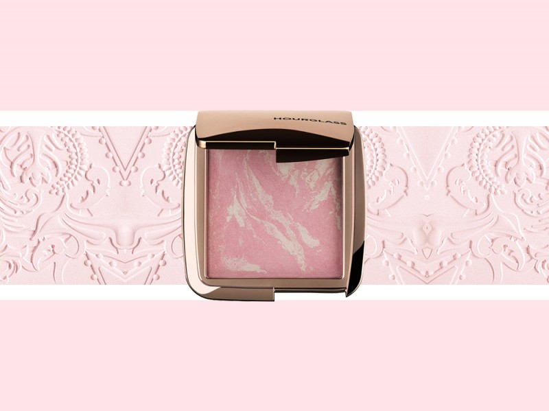trucco rosa cipria blush hourglass