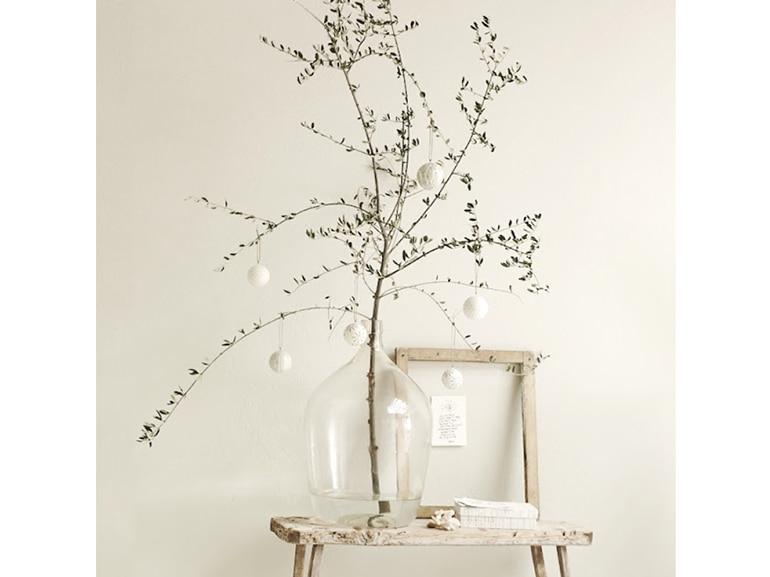 2 natale minimal chic come decorare la casa ramo spoglio for Casa minimal chic
