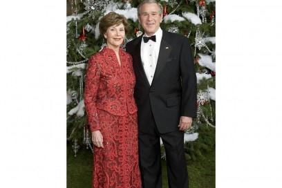 President Bush And Laura Bush Pose For  Portrait