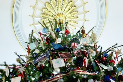 Michelle Obama Introduces 2013 White House Holiday Decorations