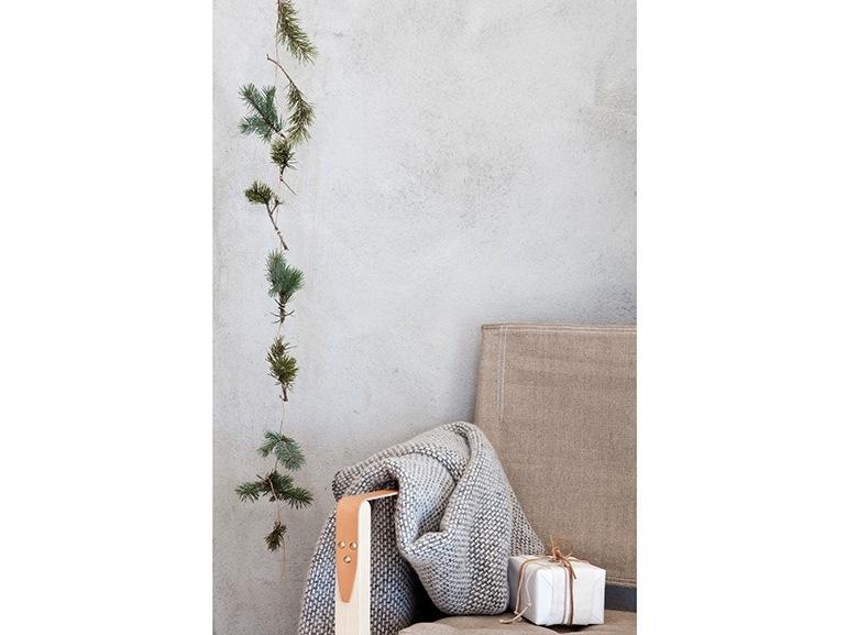 Natale minimal chic 20 modi per decorare senza farsi for Casa minimal chic