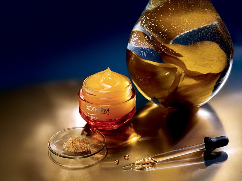 BIOTHERM BLUE THERAPY CREAM IN OIL STILL LIFE