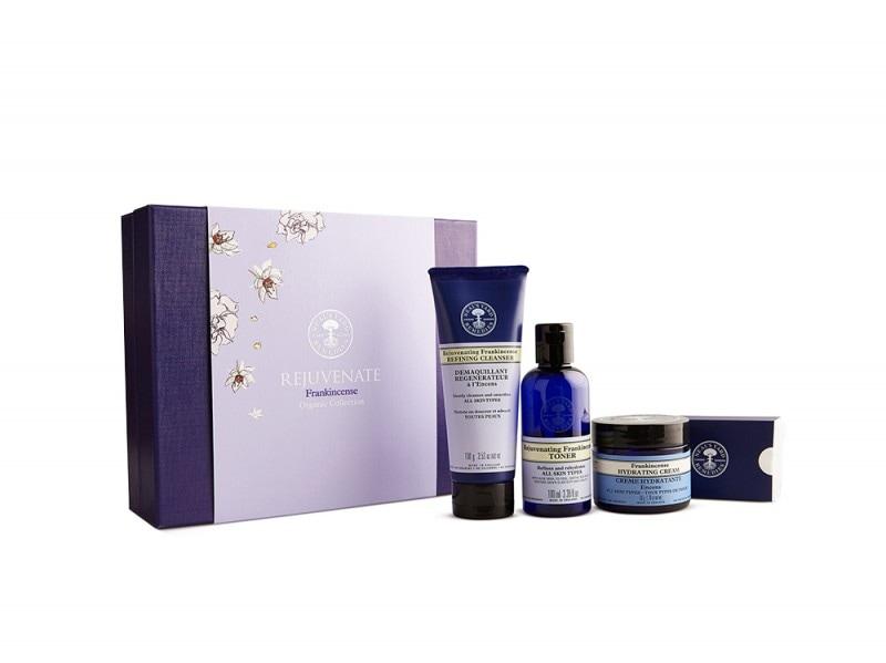 Regali_Natale_Beauty_Bio_Naturali_8519_Rejuvenate_Giftbox_Packshot_Hi-Res
