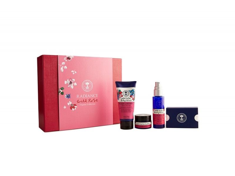 Regali_Natale_Beauty_Bio_Naturali_8522_Radiance_Giftbox_Packshot_Hi-Res
