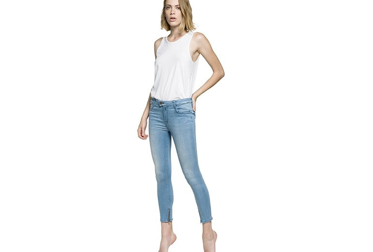 Replay lancia Touch, il nuovo skinny jeans