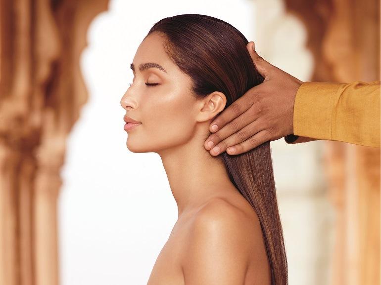 cover-come-curare-i-capelli-con-mobile