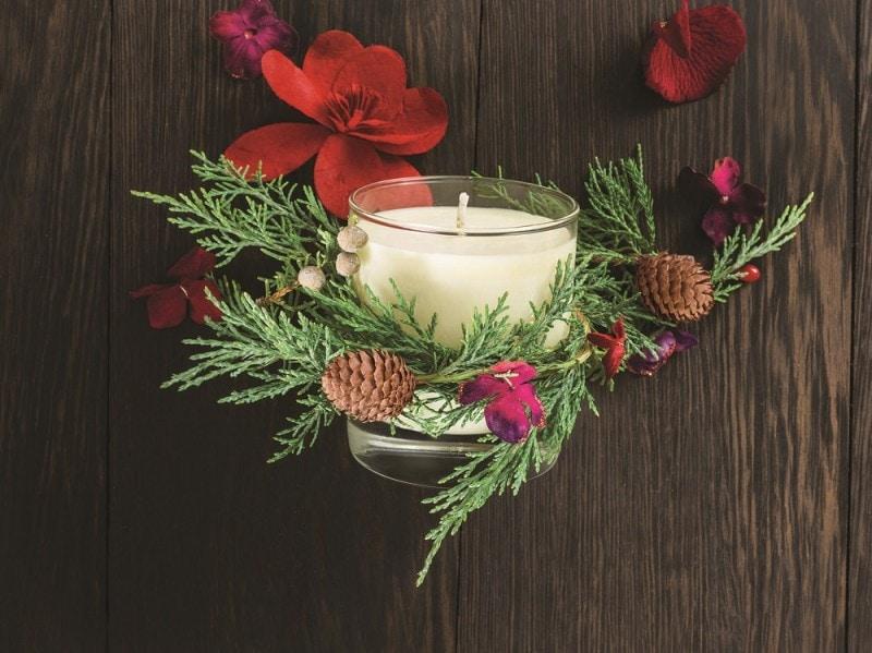 regali-di-natale-holiday-set-aveda-candela