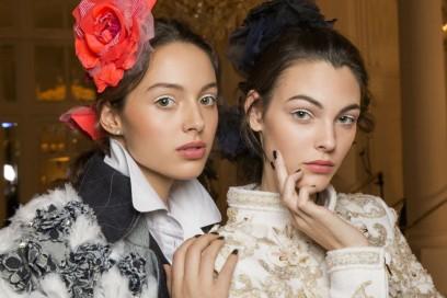Chanel Métiers D'Art il backstage beauty della sfilata Parise Cosmopolite (15)