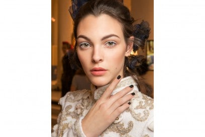 Chanel Métiers D'Art il backstage beauty della sfilata Parise Cosmopolite (3)