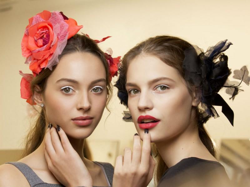 Chanel Métiers D'Art il backstage beauty della sfilata Parise Cosmopolite (8)