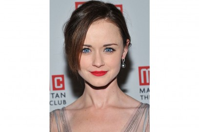 Alexis Bledel rossetto rosso