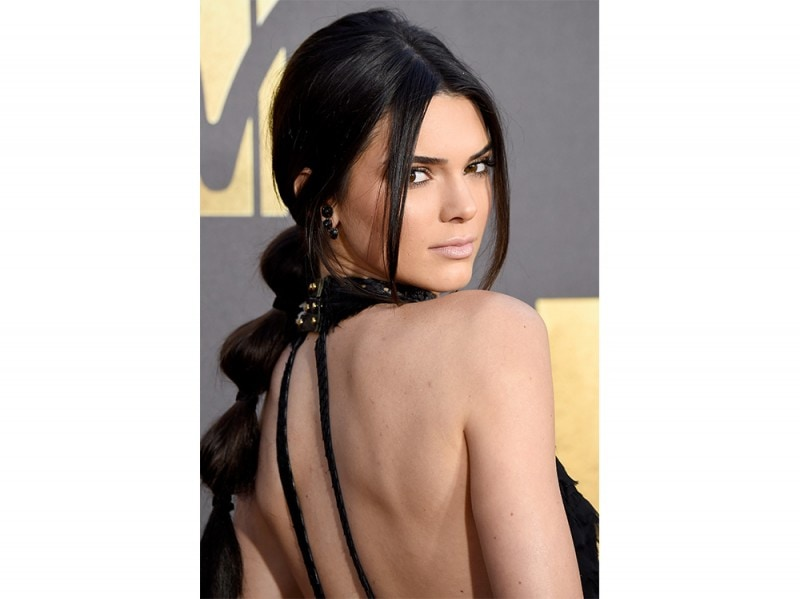 kendall jenner acconciature