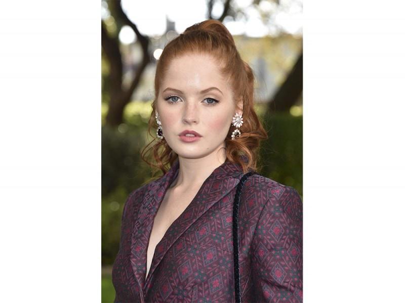 Ellie Bamber beauty look